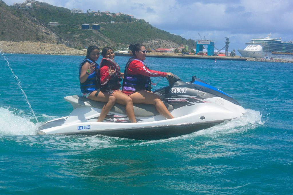 St Maarten waverunner rentals for cruise ship passeengers