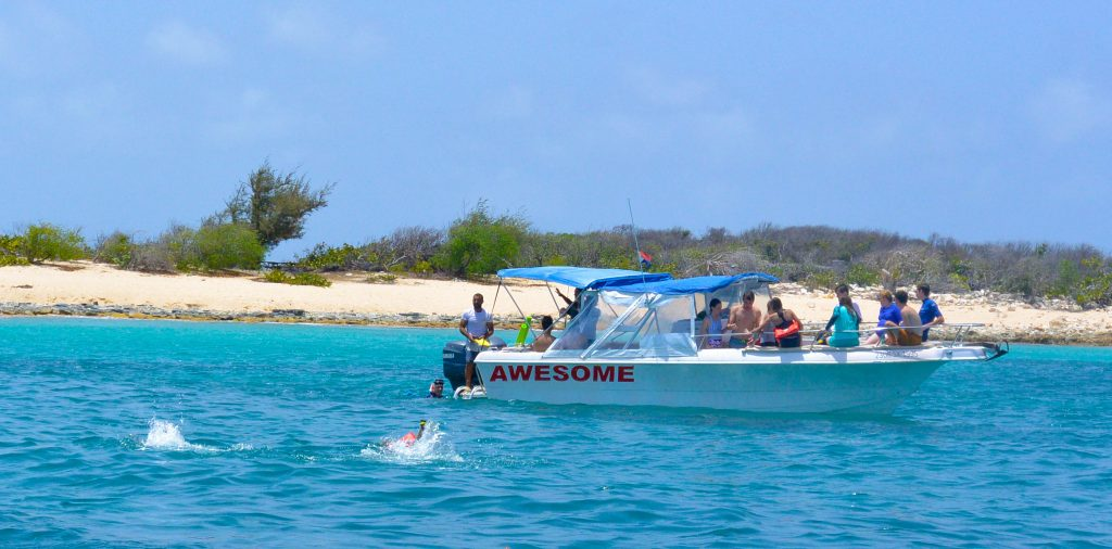 Private boat snorkeling and beaches on St Maarten