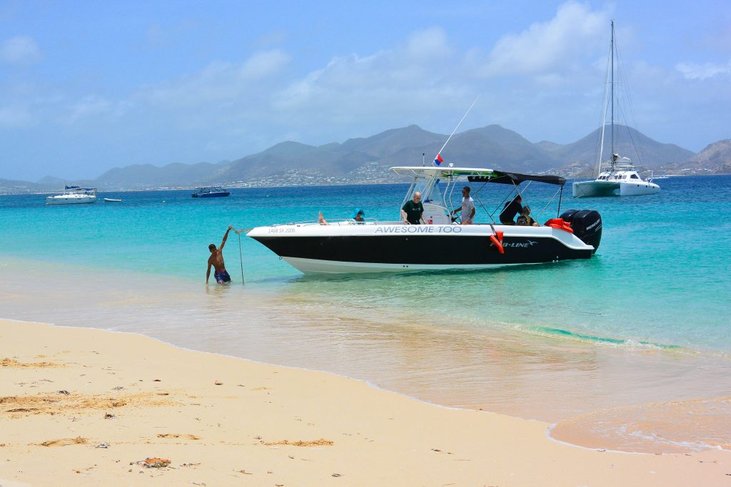 ultimate beach and snorkeling in st Maarten